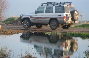 Toyota Land Cruiser 76 4.2 D