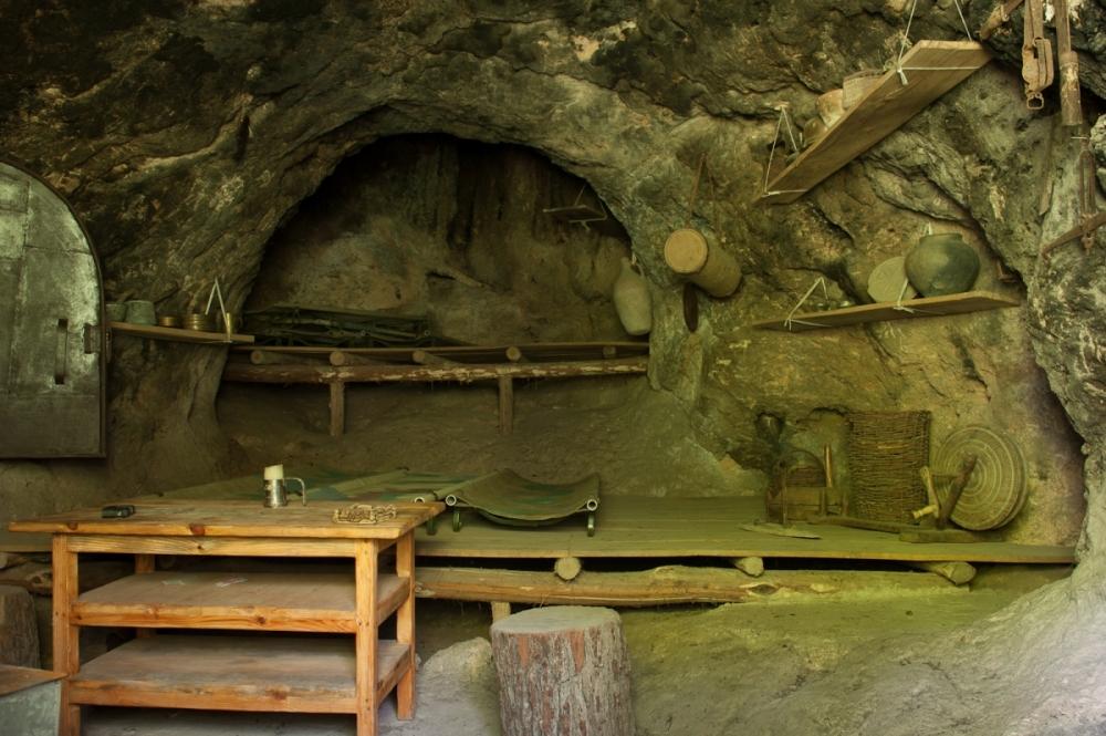 Lastiver Armenia - Tour to Lastiver - Lastiver Hotels, Caves